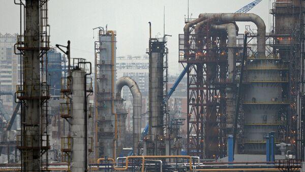 Нефтеперерабатывающее предприятие - Sputnik Узбекистан