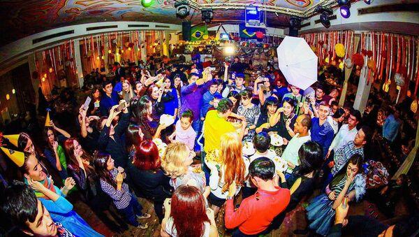 Fotootchyot  Den rojdeniya restorana BRASIL - Sputnik Oʻzbekiston