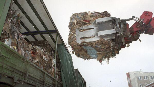 Утилизация бытовых отходов - Sputnik Узбекистан