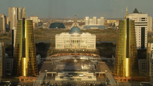 Ostonadagi Oq Oʻrda prezident saroyi - Sputnik Oʻzbekiston