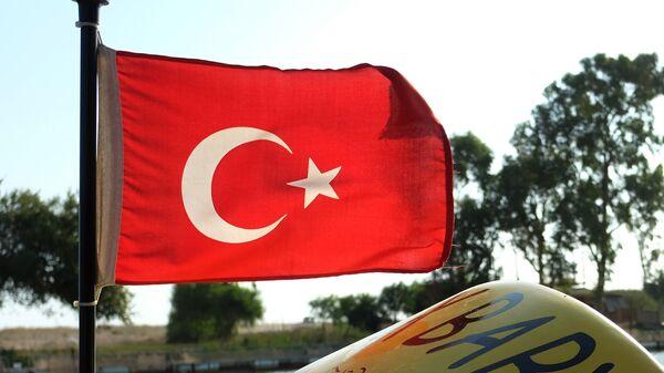Flag Turtsii - Sputnik Oʻzbekiston
