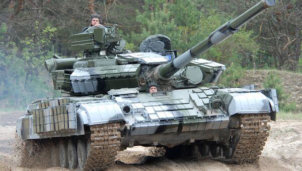 Танк Т-64БВ. - Sputnik Ўзбекистон