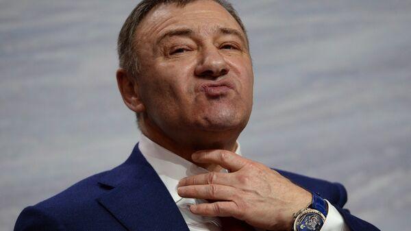 Председатель Правления Федерации хоккея России Аркадий Ротенберг - Sputnik Узбекистан