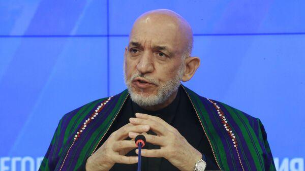 Экс-президент Исламской республики Афганистан Хамид Карзай - Sputnik Ўзбекистон