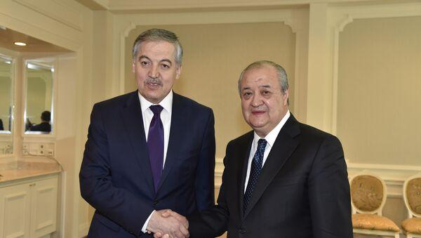 Glava MID Uzbekistana Abdulaziz Kamilov i glava MID Tadjikistana Sirodjiddin Aslov - Sputnik Oʻzbekiston
