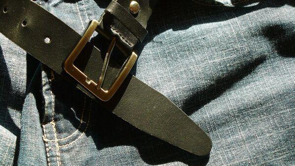 Ремень на брюках - Sputnik Ўзбекистон