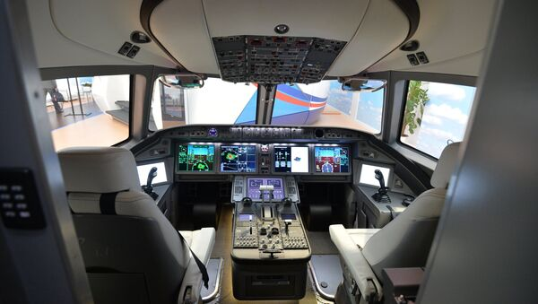 Kabina samoleta MS-21  - Sputnik Oʻzbekiston
