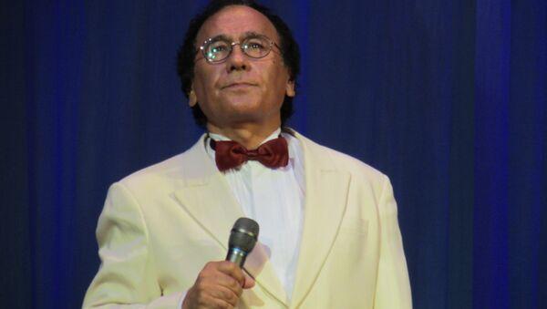Золотой голос Узбекистана Мансур Ташматов на концерте в честь Дня России в Ташкенте - Sputnik Узбекистан