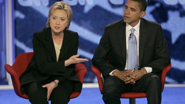Хиллари Клинтон ва Барак Обама. - Sputnik Ўзбекистон