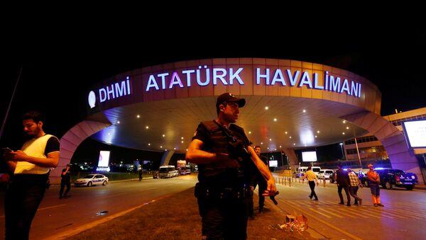 Turkiya, Stambul xaldqaro aeroporti - Sputnik Oʻzbekiston