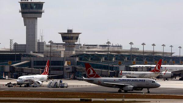 Международный аэропорт Ататюрка в Стамбуле - Sputnik Ўзбекистон