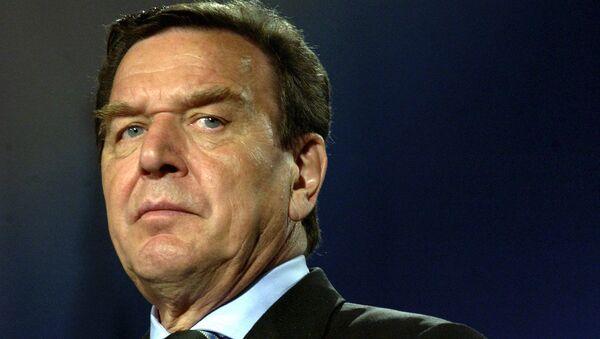 Бывший федеральный канцлер ФРГ Герхард Шредер. - Sputnik Узбекистан