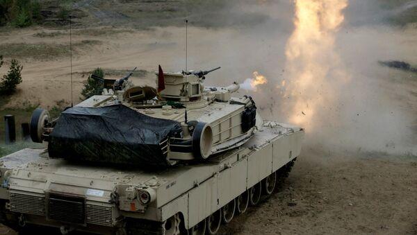 Танк США М1 Абрамс на военных учениях в Адажи - Sputnik Ўзбекистон