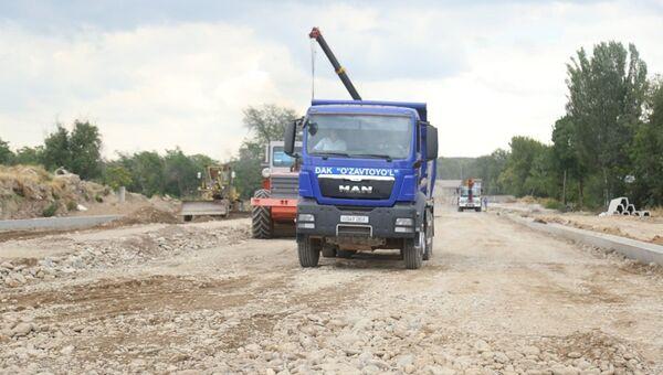 Строительство участка дороги по улице Тараккиет в Ташкенте - Sputnik Ўзбекистон