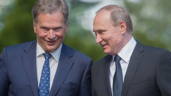 Rossiya prezidenti V. Putin va Finlyandiya rahbari S. Niinistyo - Sputnik Oʻzbekiston