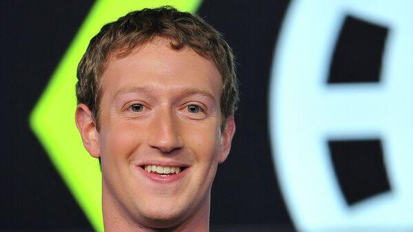 Facebook asoschisi M.Tsukerberg - Sputnik Oʻzbekiston