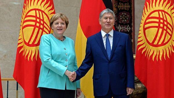 Ангела Меркель в Киргизстане - Sputnik Узбекистан