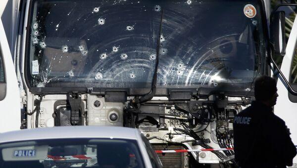 Nitstsadagi terakt uchun yuk mashinasi bir necha kun oldin ijaraga olingan - Sputnik Oʻzbekiston