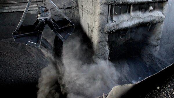 Цех помола на цементном заводе - Sputnik Узбекистан