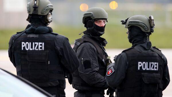 Полиция Германии. Архивное фото.  - Sputnik Ўзбекистон