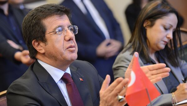 Vstrecha ministra ekonomicheskogo razvitiya RF A.Ulyukayeva s ministrom ekonomiki Turtsii N.Zeybekchi - Sputnik Oʻzbekiston