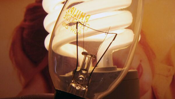 Энергосберегающие лампочки - Sputnik Ўзбекистон