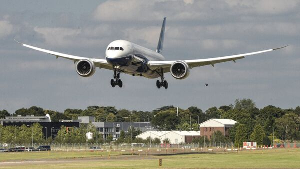 Boeing 787-9 Dreamliner йўловчи самолёти - Sputnik Ўзбекистон