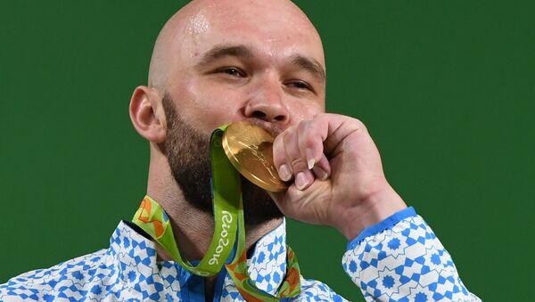 Oʻzbekistonlik ogʻir atletikachi Ruslan Nuriddinov - Sputnik Oʻzbekiston