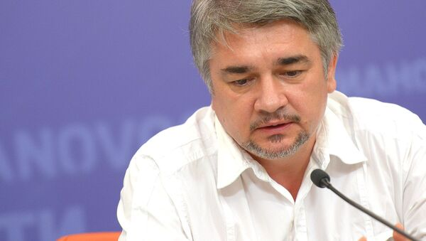 Политолог Ростислав Ищенко - Sputnik Узбекистан