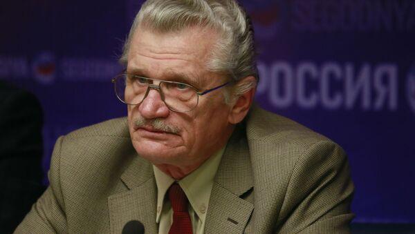 Sharqshunoslik instituti mutaxassisi Vladimir Sajin - Sputnik Oʻzbekiston