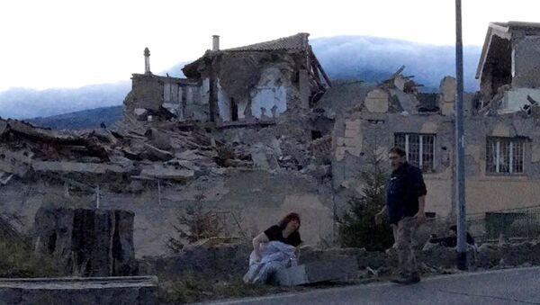 Последствия землетрясения в Италии. Фото с места события - Sputnik Узбекистан