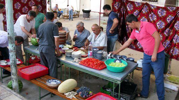 Праздник в самаркандской махалле - Sputnik Узбекистан
