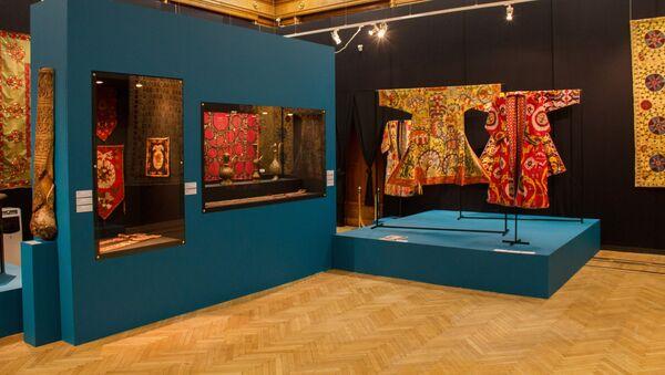 Экспозиция выставки Культурное наследие Узбекистана - Sputnik Ўзбекистон