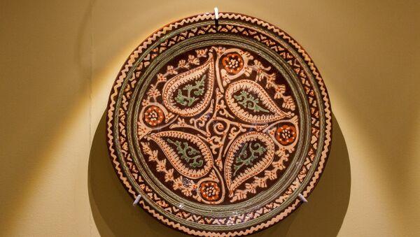 Блюдо (ляган). Ходжентского образца. Узбекистан, Ташкент  1936 г. - Sputnik Узбекистан