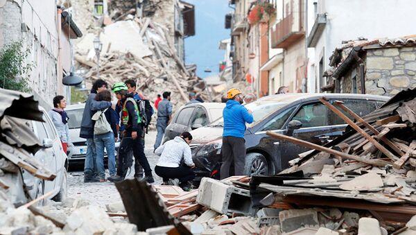 Последствия землетрясения в итальянском городе Аматриче - Sputnik Узбекистан
