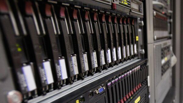 Оборудование в центре обработки данных - Sputnik Узбекистан
