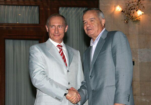 Oʻzbekiston prezidenti Islom Karimov va Rossiya prezidenti Vladimir Putin - Sputnik Oʻzbekiston