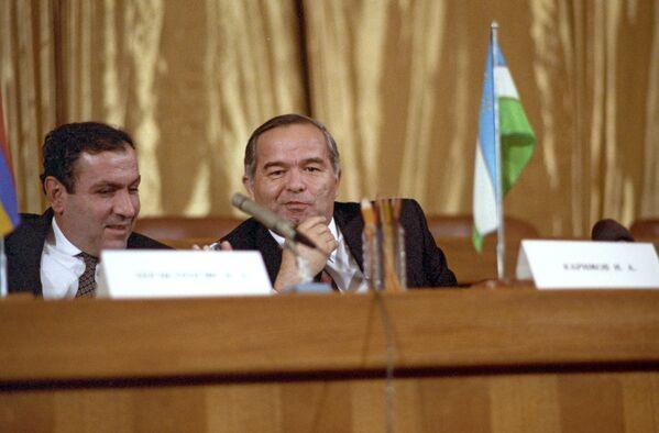 Armaniston va Oʻzbekiston prezidentlari - Levon Ter-Petrosyan va Islom Karimov - Sputnik Oʻzbekiston
