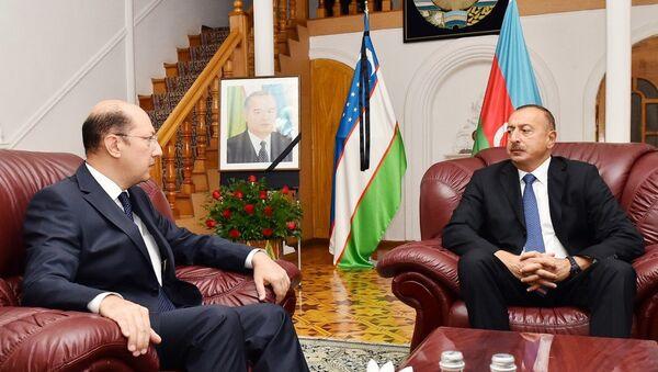 Ilhom Aliyev Oʻzbekiston elchixonasida - Sputnik Oʻzbekiston