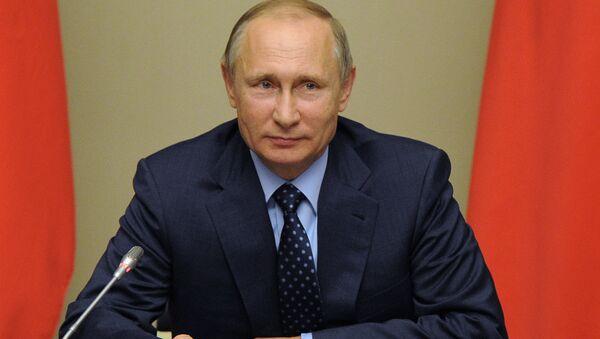 RF prezidenti  V. Putin - Sputnik Oʻzbekiston