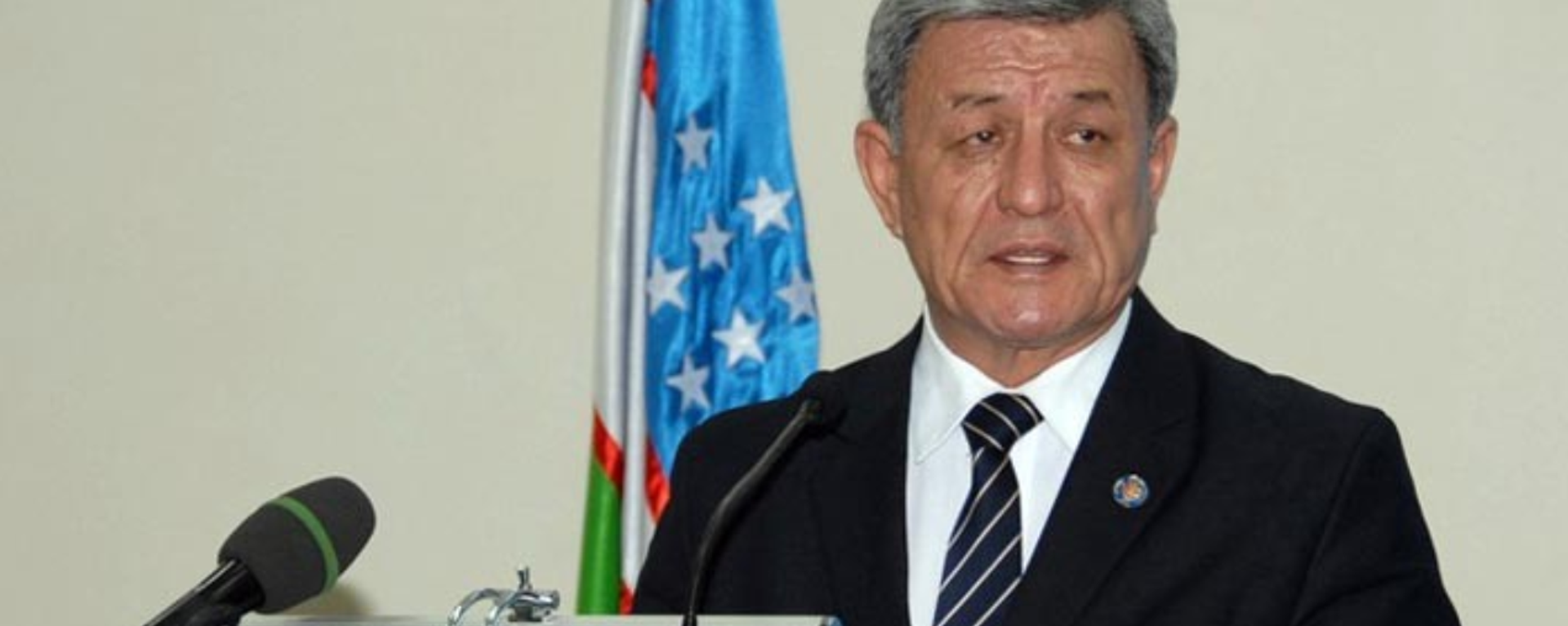 Кандидат в президенты Узбекистана от партии Адолат Нариман Умаров - Sputnik Узбекистан, 1920, 02.11.2016