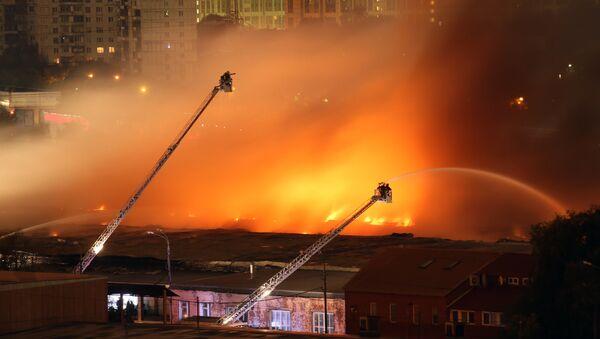 Пожар. Архивное фото - Sputnik Ўзбекистон
