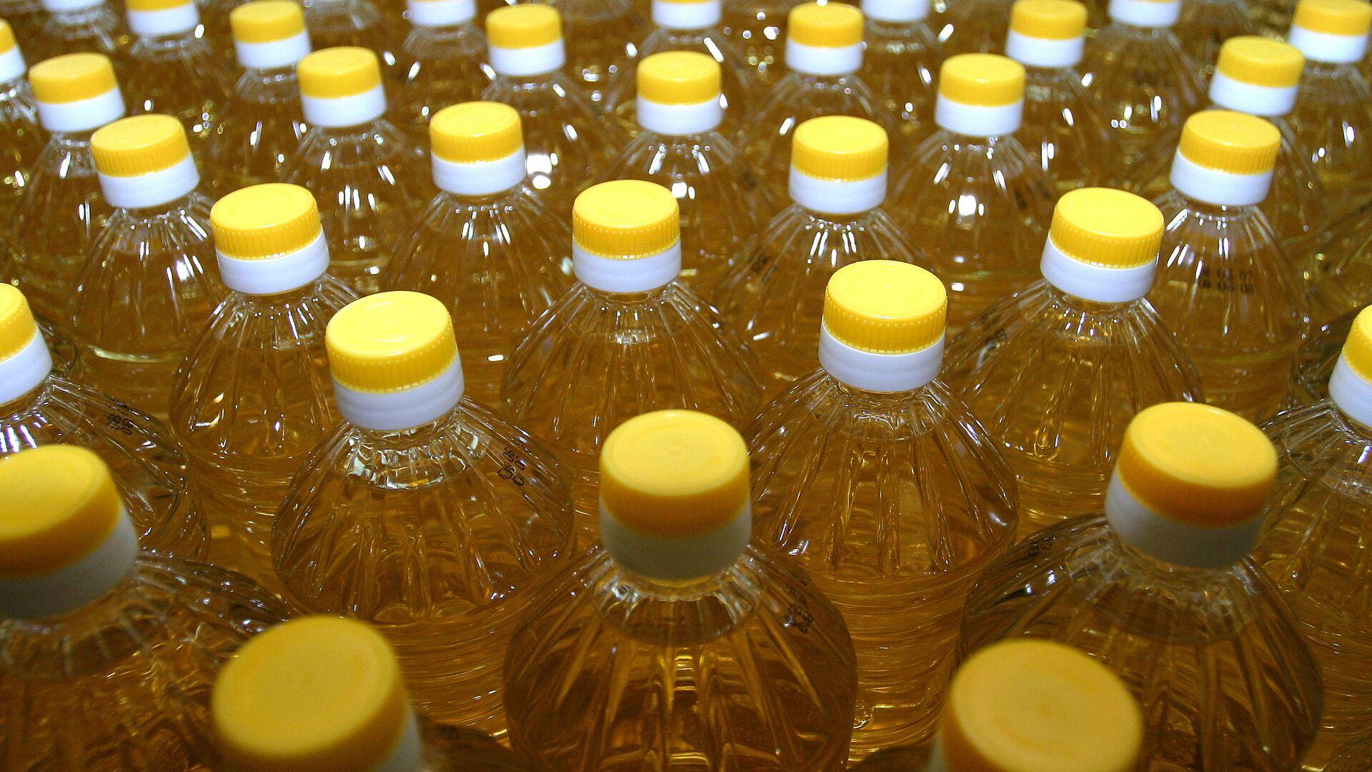 Производство растительного масла  - Sputnik Узбекистан, 1920, 04.05.2021
