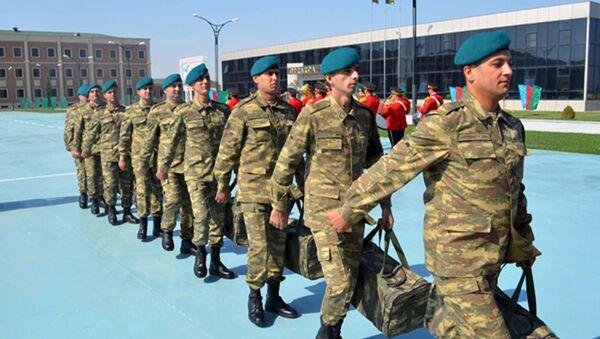 Ozarbayjonlik tinchlikparvar askarlar Afgʻonistonga joʻnab ketdi - Sputnik Oʻzbekiston