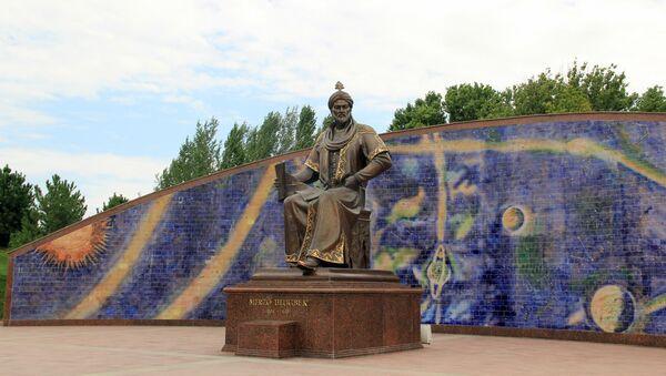 Samarqanddagi yodgorlik - Sputnik Oʻzbekiston