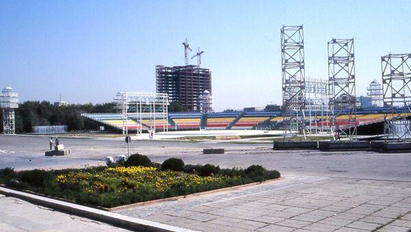 Строительство стадиона в Узбекистане - Sputnik Узбекистан