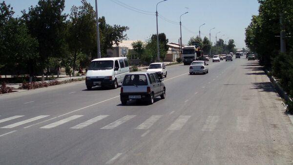 Движение на улице Ташкента - Sputnik Узбекистан