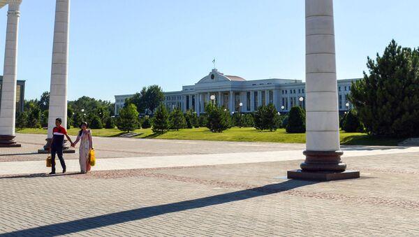 Здание правительства Республики Узбекистан - Sputnik Узбекистан