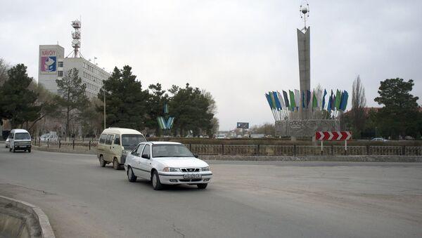 На улице города Навои в Узбекистане - Sputnik Узбекистан