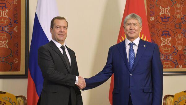 RF Bosh vaziri D. Medvedevning Qirgʻizistonga tashrifi - Sputnik Oʻzbekiston